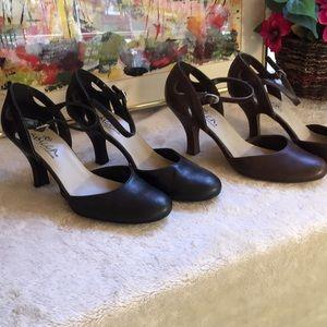 💎2 Pair SBicca Mary Jane Heels